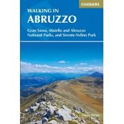 Walking in Abruzzo Cicerone